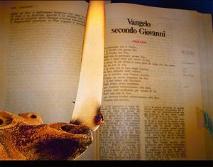 Vangelo Giovanni con lucerna renderizzato